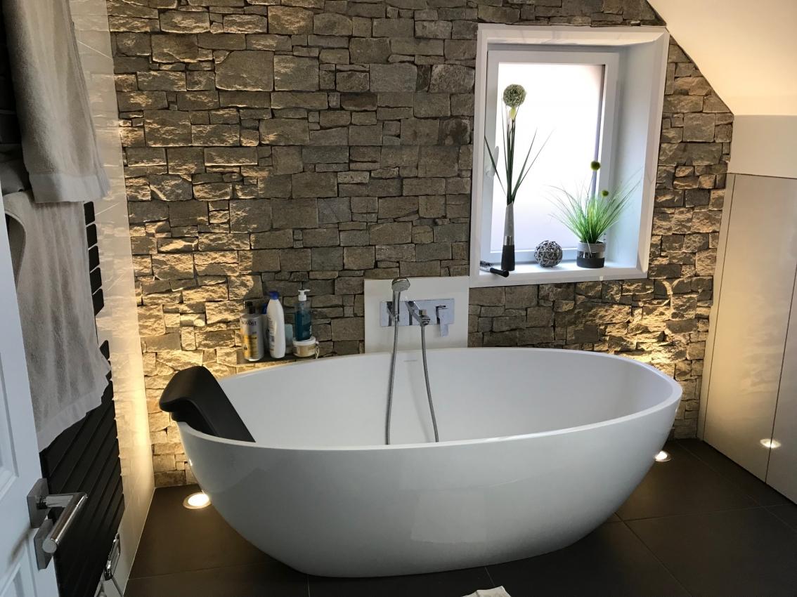 Salle de bain avec baignoire - Patrix Espaces Vie