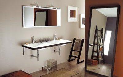 Salle de bain pratique et design
